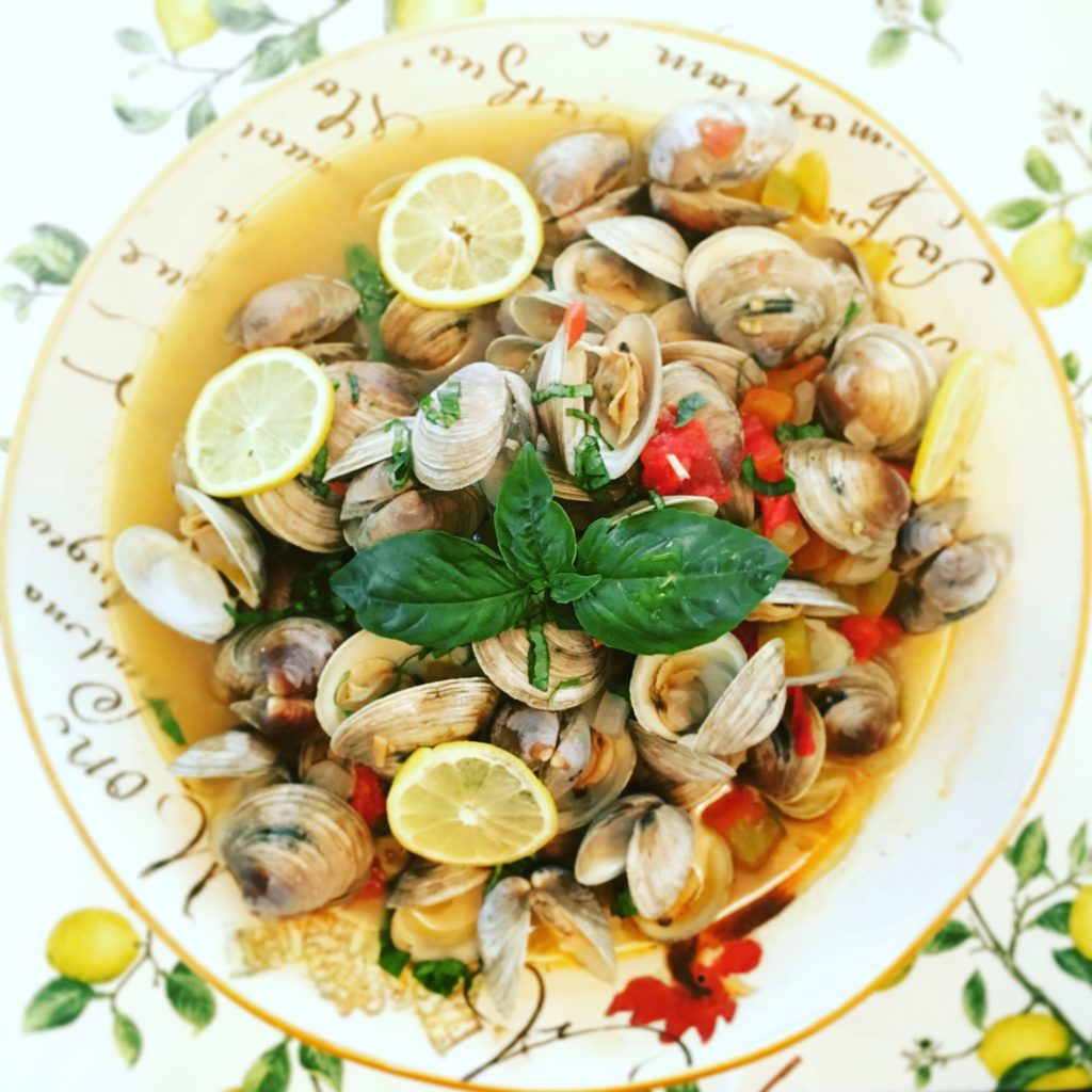 Littleneck clams steamed in wine