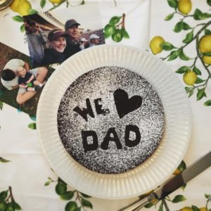 "chocolate cake with stencil ""we love dad"""