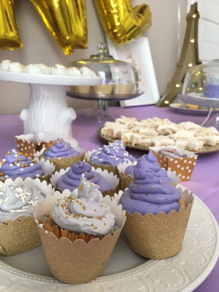 Star-Themed First Birthday Party Cupcakes