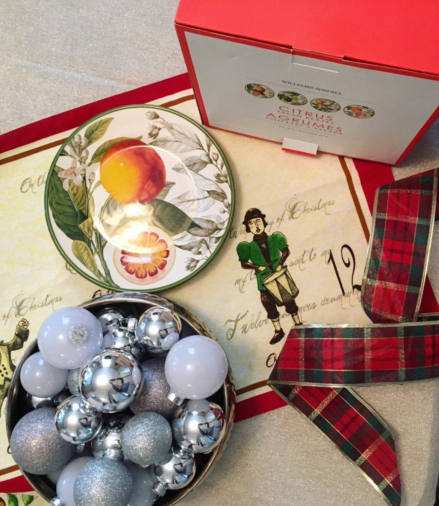 12th Day of Christmas: Williams-Sonoma Plates Giveaway