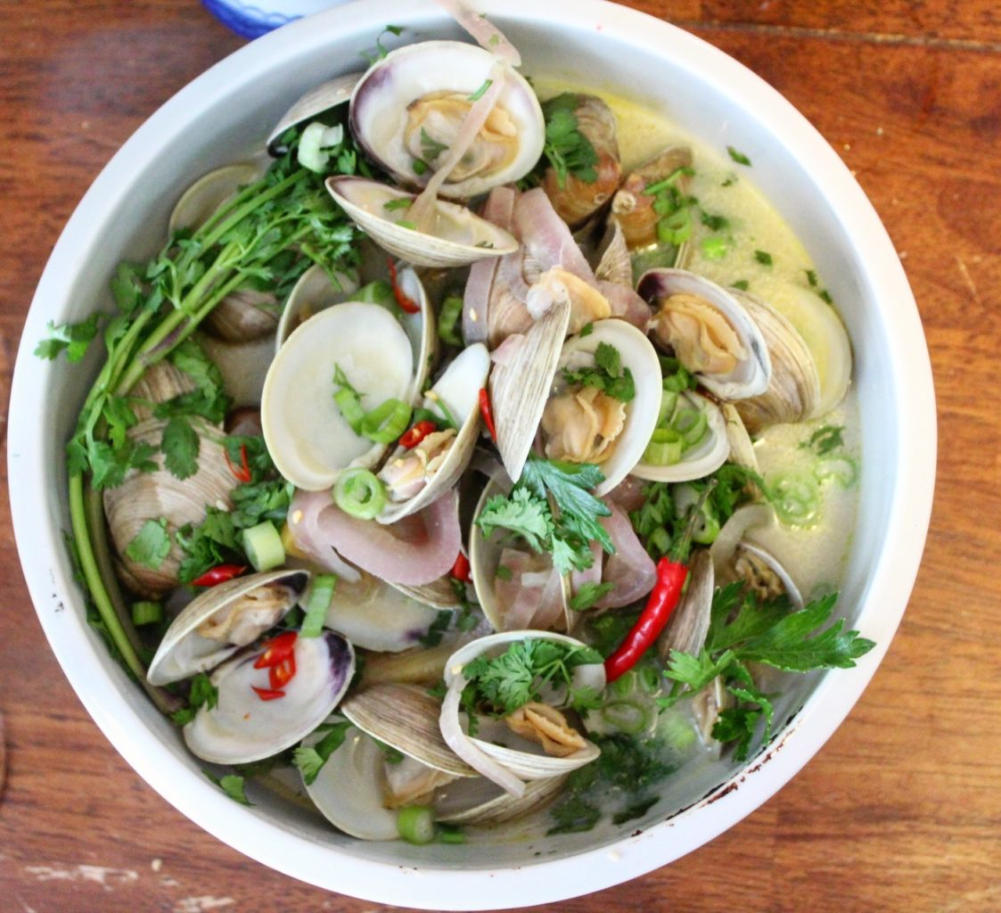 Coconut Milk Steamed Clams with Ginger and Lime